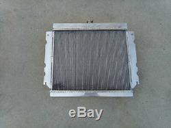 Aluminum alloy radiator for Chrysler Valiant VG HEMI 6 Cyl