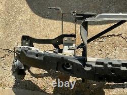 04-10 Bmw E60 E61 530i 535i Avant Radiateur Support Pare-chocs Renforcement Oem